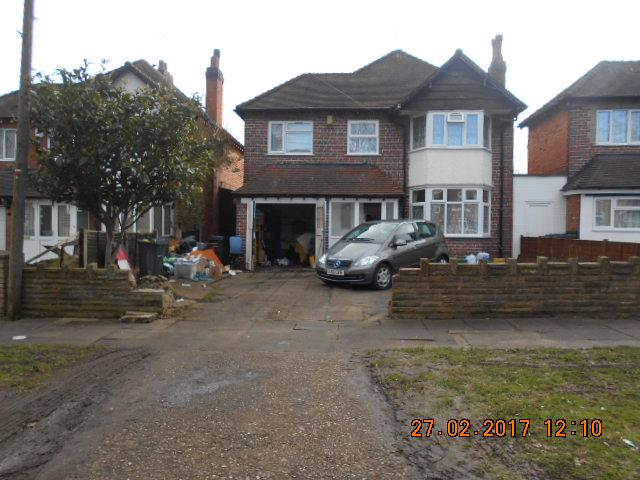 4 Bedrooms Detached House for sale in Victoria Road, Acocks Green, Birmingham B27