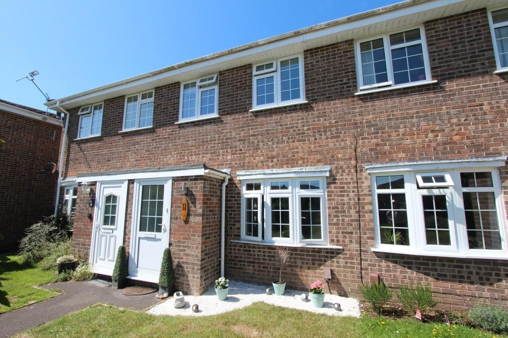 2 Bedrooms Terraced House for sale in MUDEFORD