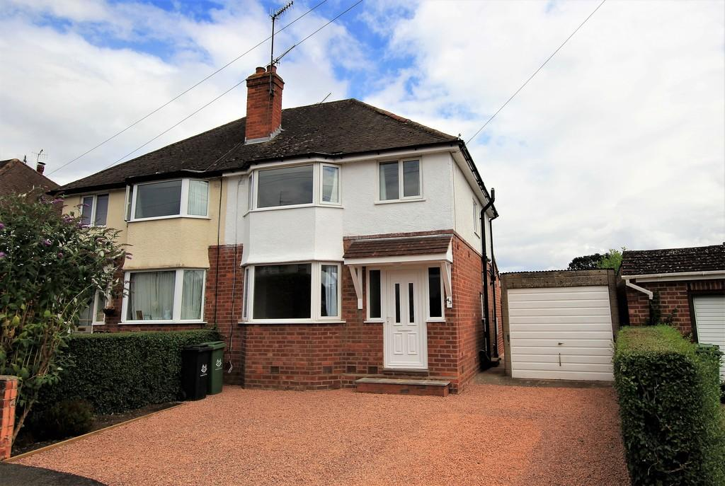 3 Bedrooms Semi Detached House for sale in Margaret Road, ST JOHNS