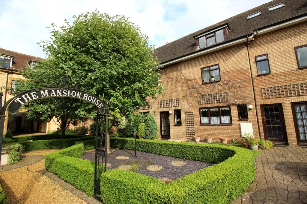 4 Bedrooms Town House for sale in Norton Grange, Little Kineton