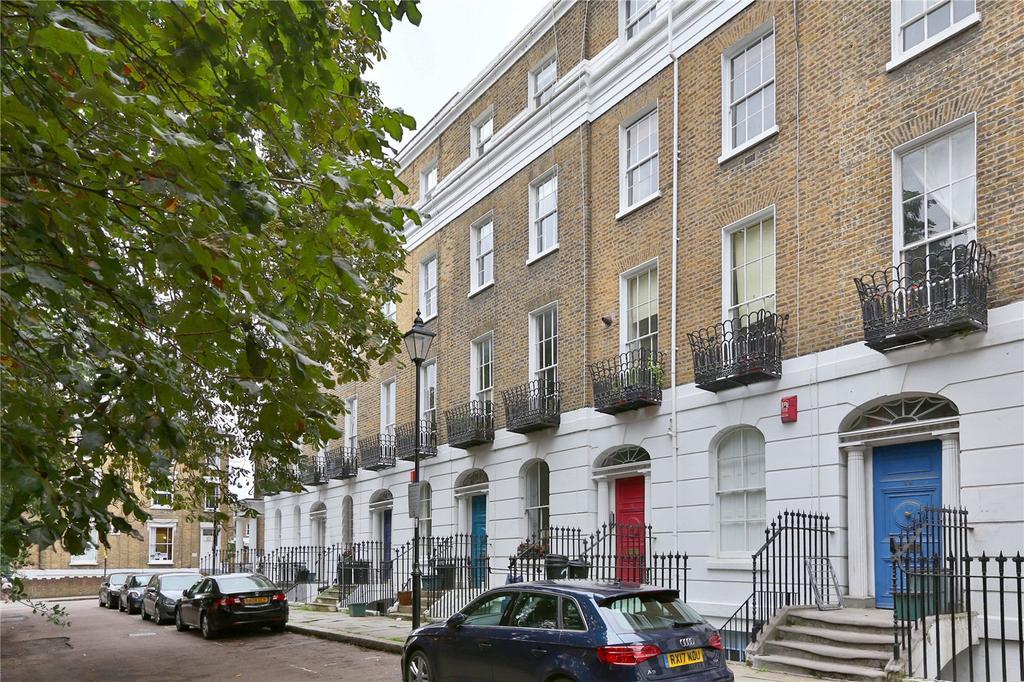 2 Bedrooms Flat for sale in Highbury Park, London, N5