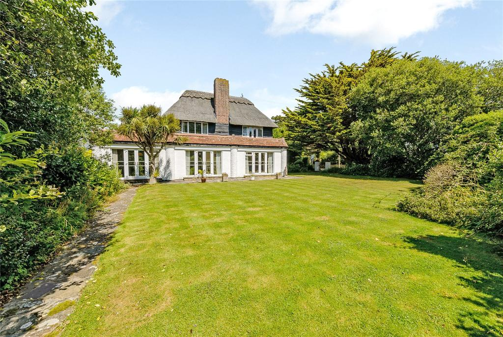 3 Bedrooms Detached House for sale in The Fairway, Aldwick Bay, West Sussex