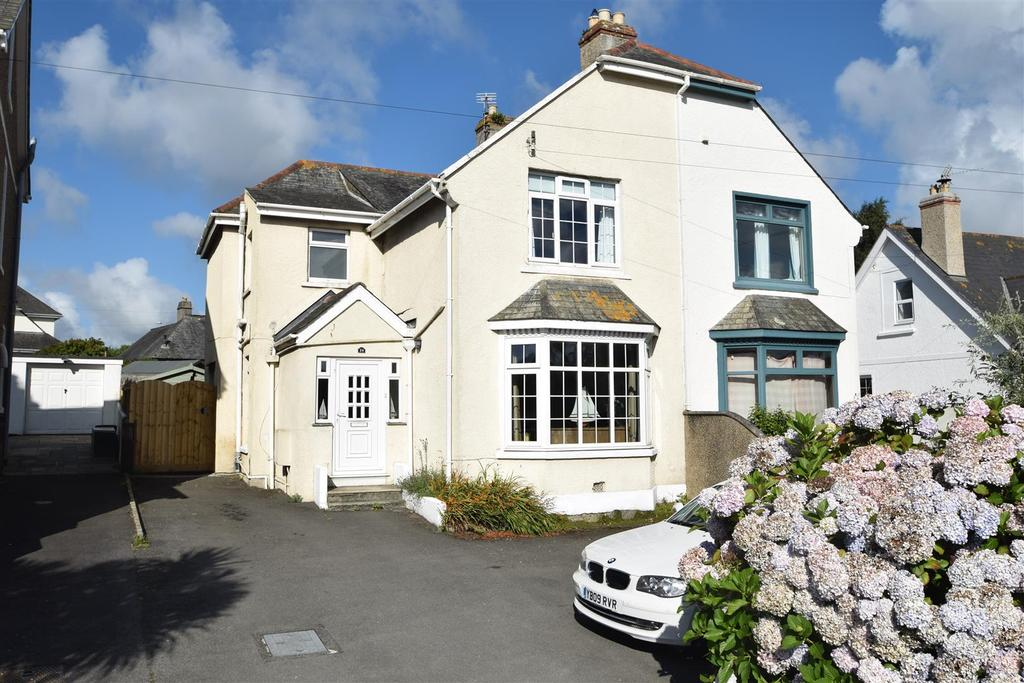 4 Bedrooms Semi Detached House for sale in Dracaena Avenue, Falmouth
