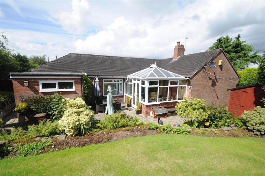3 Bedrooms Detached Bungalow for sale in Hillfield, Frodsham