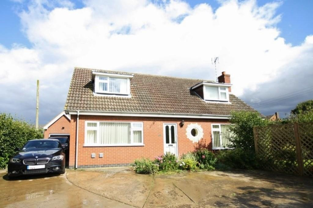 3 Bedrooms Detached House for sale in Water Lane, South Witham