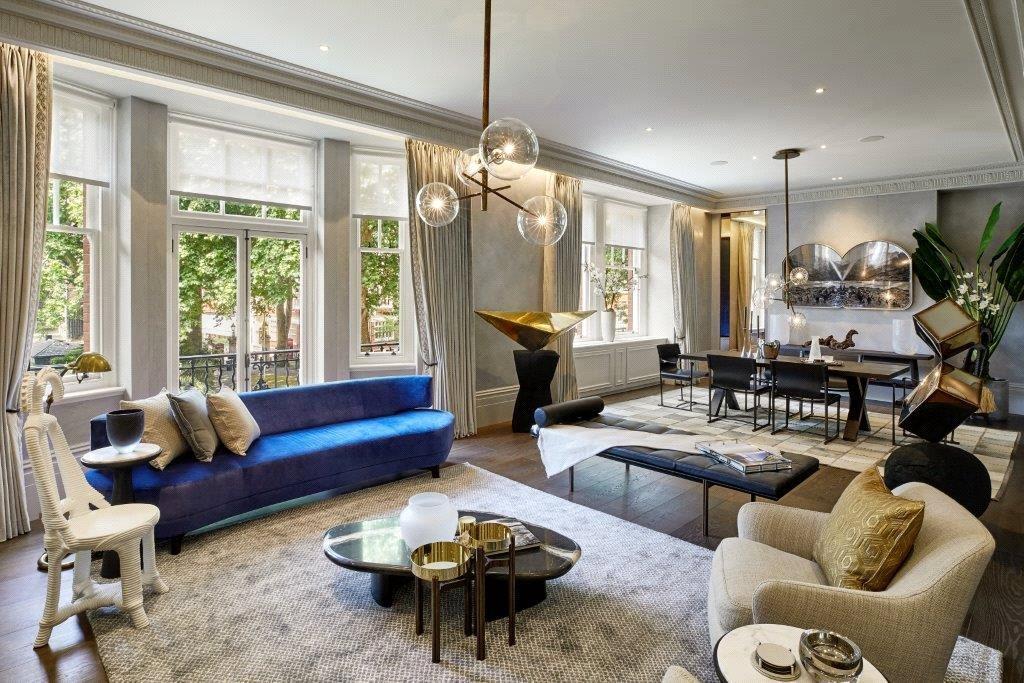 3 Bedrooms Flat for sale in South Street, Mayfair, London, W1K