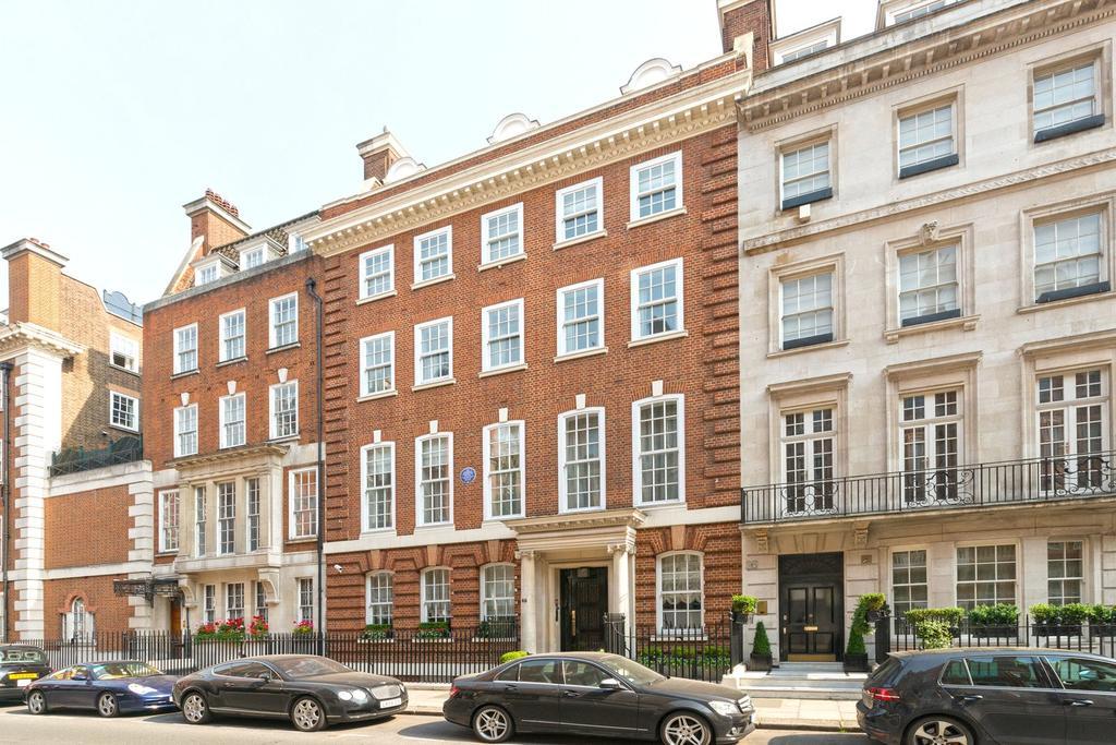 2 Bedrooms Flat for sale in Green Street, London