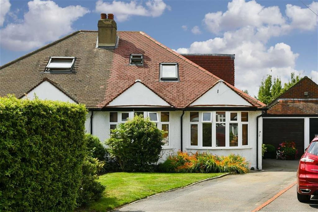 3 Bedrooms Semi Detached Bungalow for sale in The Mount, Worcester Park, Surrey