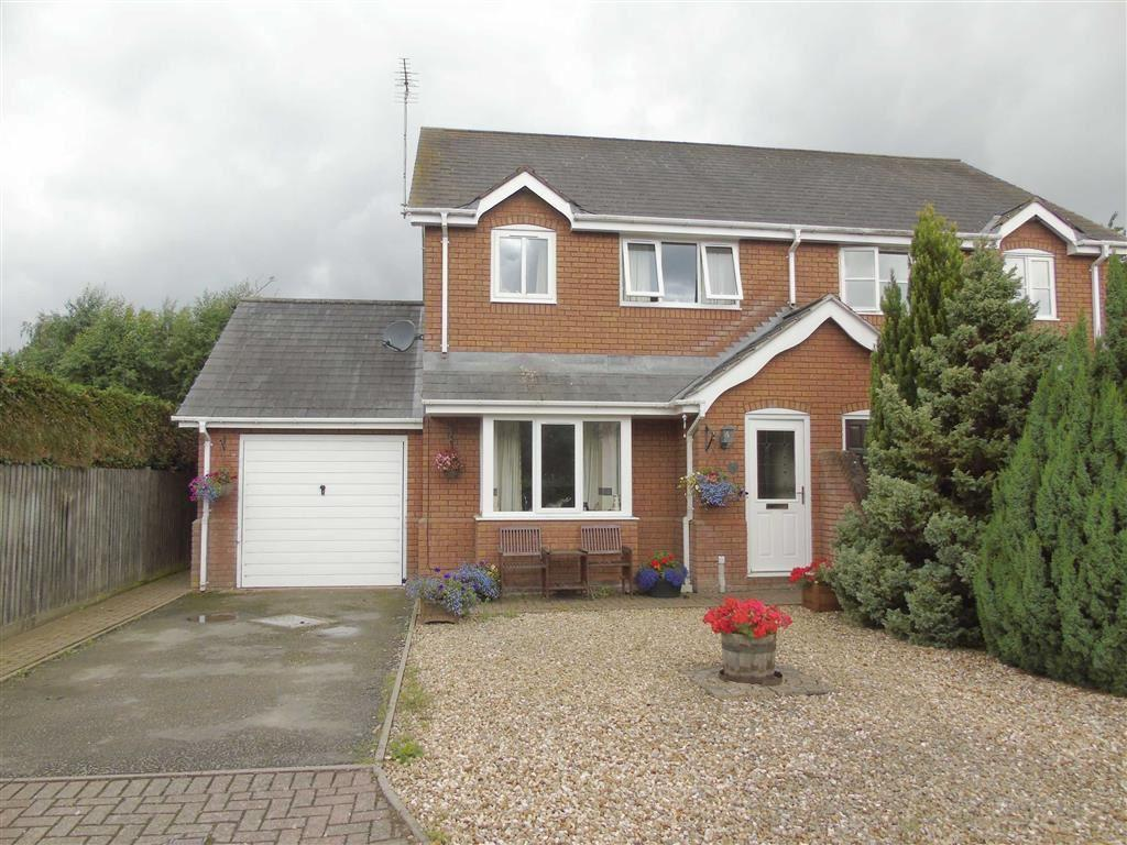 3 Bedrooms Semi Detached House for sale in 1, Rowan Close, Foxen Manor, Llanymynech, Powys, SY22