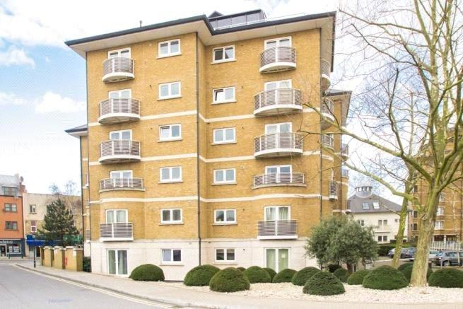 2 Bedrooms Flat for sale in Swallow Court, Admiral Walk, London, W9