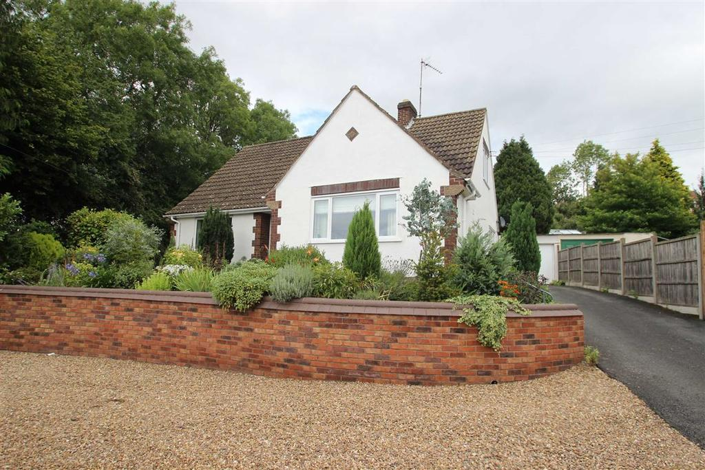 4 Bedrooms Detached House for sale in Little Birch Road, Kings Thorn, Hereford