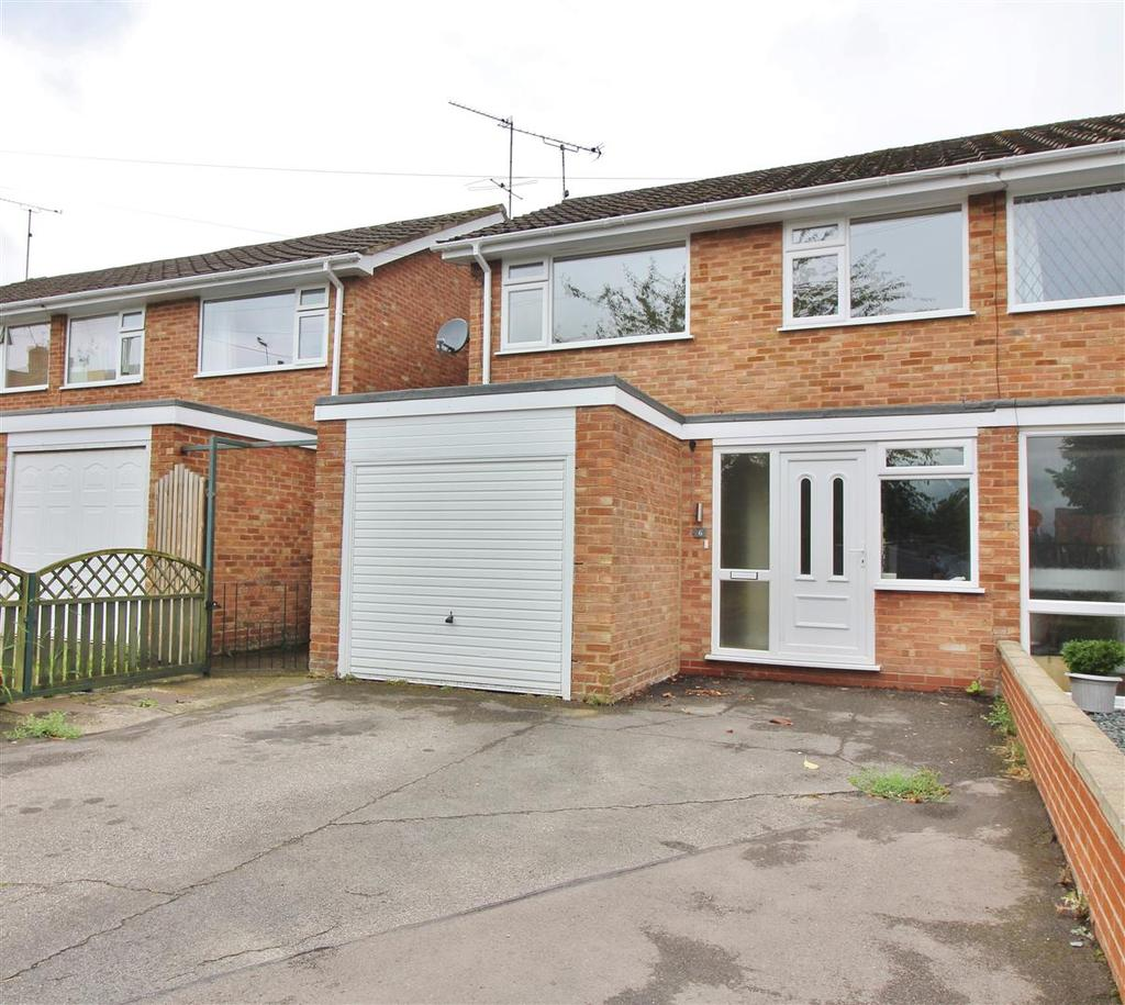 3 Bedrooms Semi Detached House for sale in Becks Lane, Stockton