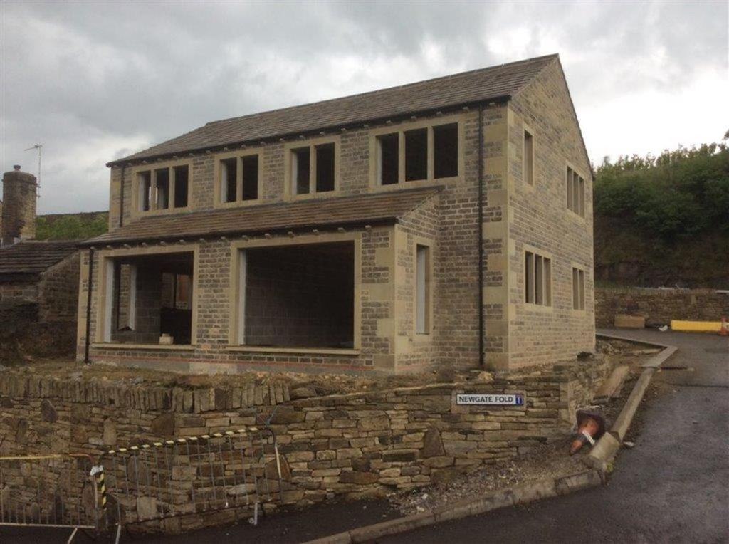 2 Bedrooms Semi Detached House for sale in Off South Lane, Holmfirth, HD9