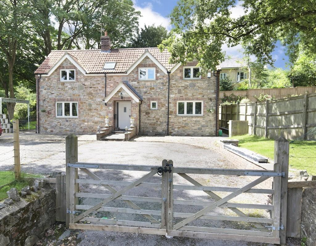 4 Bedrooms Detached House for sale in Church Street, Coleford