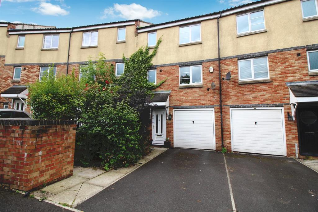 5 Bedrooms Terraced House for sale in Bridges View, Gateshead