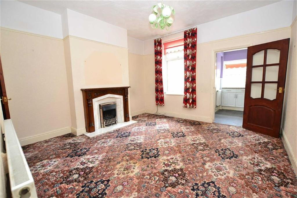 2 Bedrooms Terraced House for sale in St Johns Road, Burnley, Lancashire