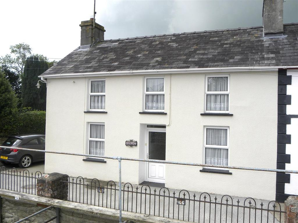 4 Bedrooms House for sale in Llanybydder