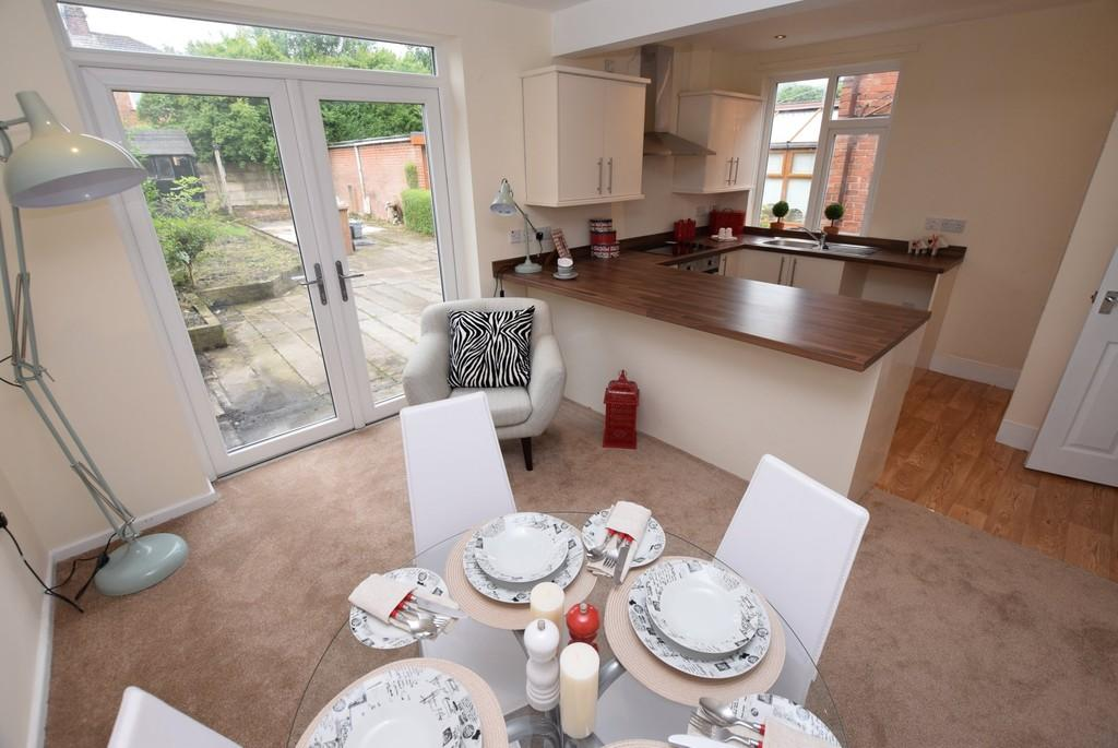 3 Bedrooms Semi Detached House for sale in Philip Grove, Sherdley Park, St. Helens