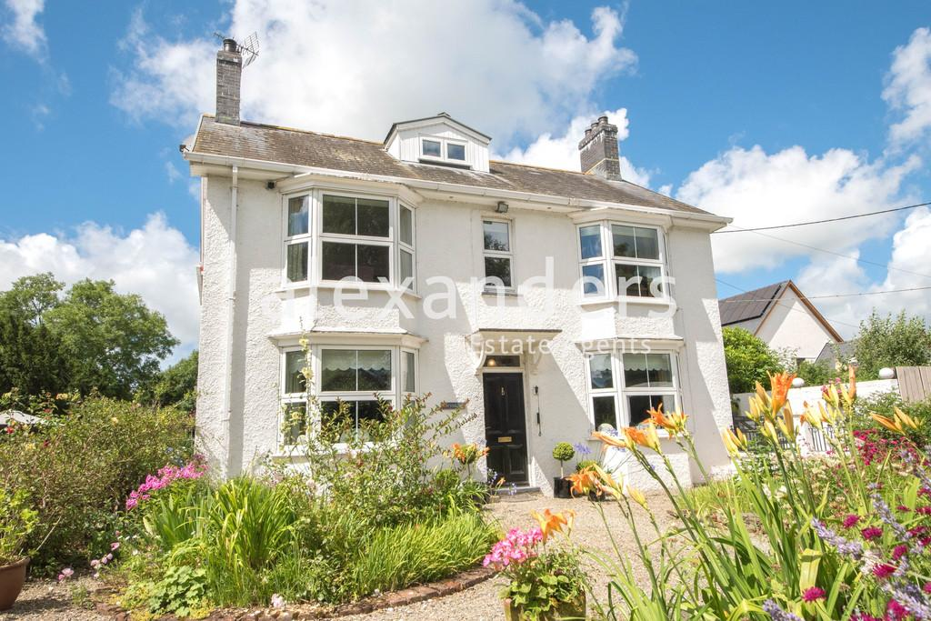 6 Bedrooms Detached House for sale in Capel Bangor