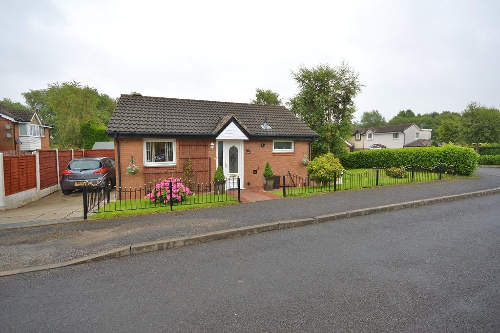 2 Bedrooms Detached Bungalow for sale in Thornley Lane South, Reddish