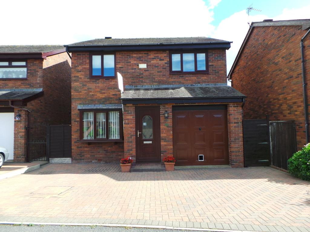 3 Bedrooms Detached House for sale in Holbeck Park Avenue, Barrow-in-Furness