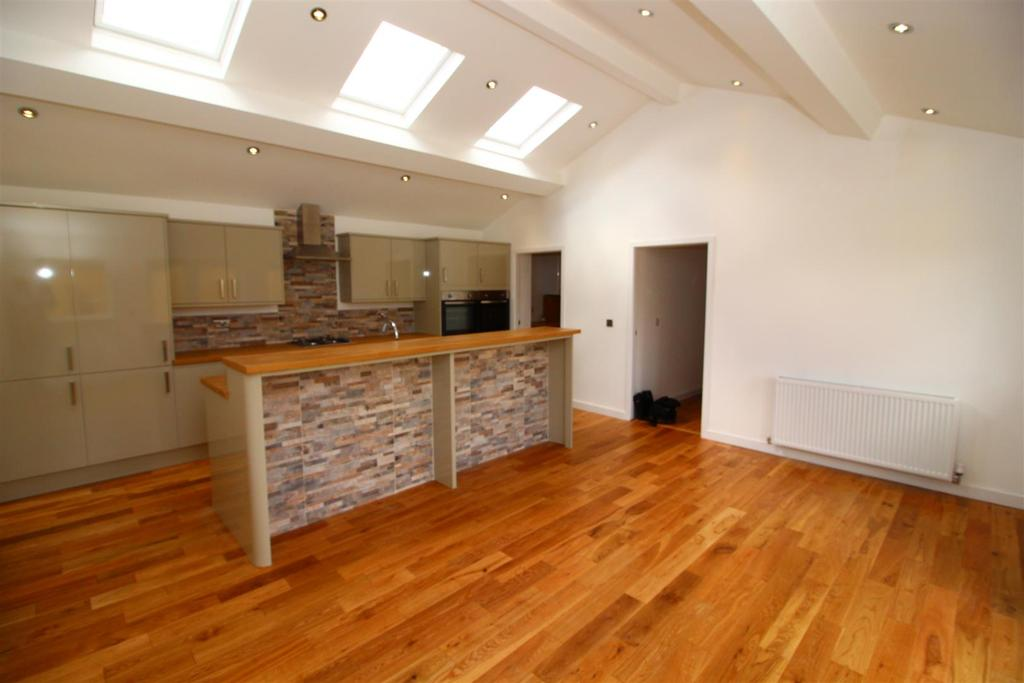 3 Bedrooms Bungalow for sale in Melness Road, Hazlerigg