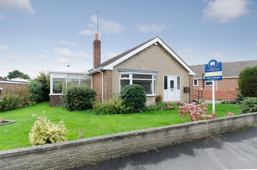 2 Bedrooms Detached Bungalow for sale in Orchard Drive, Pontefract
