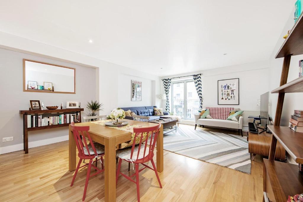 3 Bedrooms Flat for sale in Hatton Garden, Clerkenwell