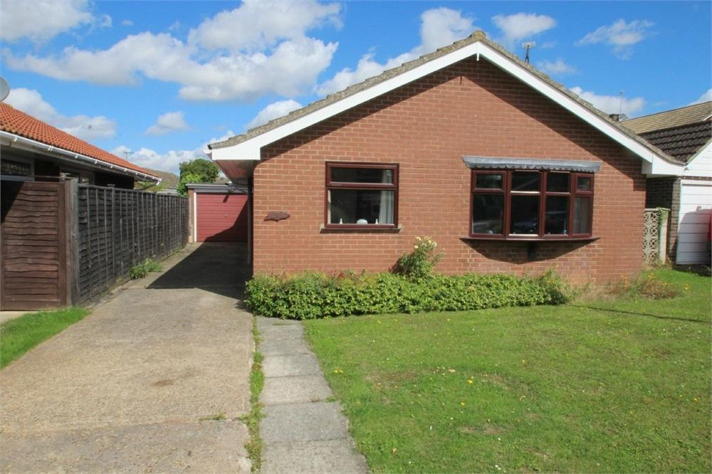 2 Bedrooms Detached Bungalow for sale in Keable Road, Marks Tey, COLCHESTER, Essex