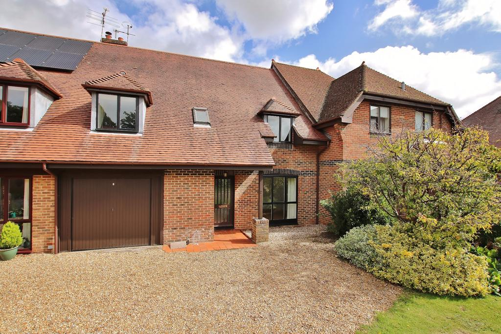 4 Bedrooms Terraced House for sale in Alresford