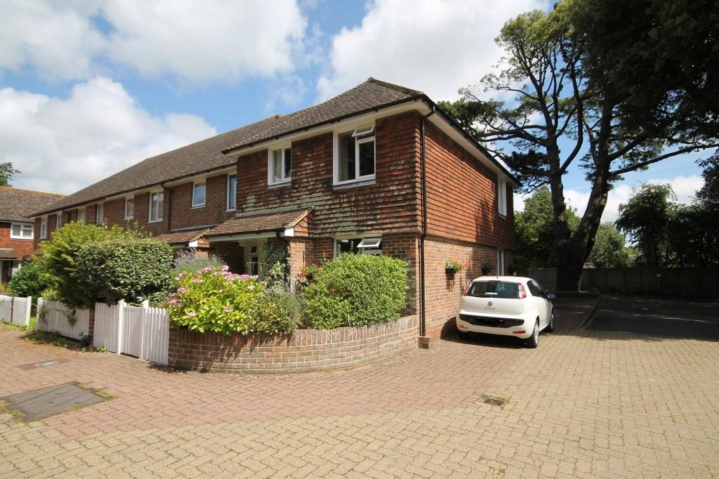 3 Bedrooms End Of Terrace House for sale in Springfield Gardens, Worthing BN13 2DF