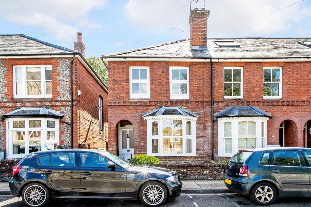 3 Bedrooms End Of Terrace House for sale in Middle Brook Street, Winchester, SO23