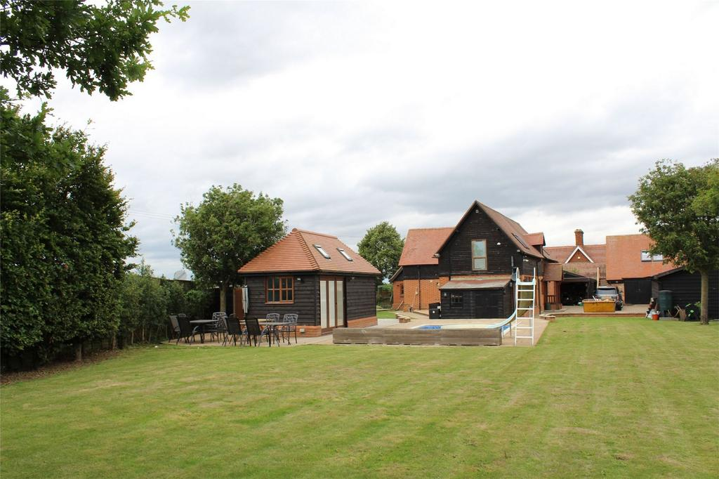 3 Bedrooms Barn Conversion Character Property for sale in Biggleswade, Bedfordshire