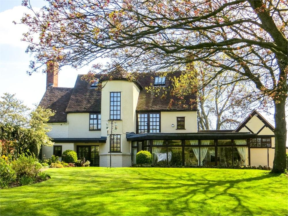5 Bedrooms Detached House for sale in Shobdon, Herefordshire