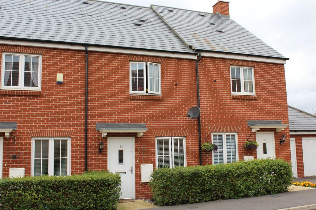 2 Bedrooms Terraced House for sale in Marigold Way, Stotfold, Hertfordshire