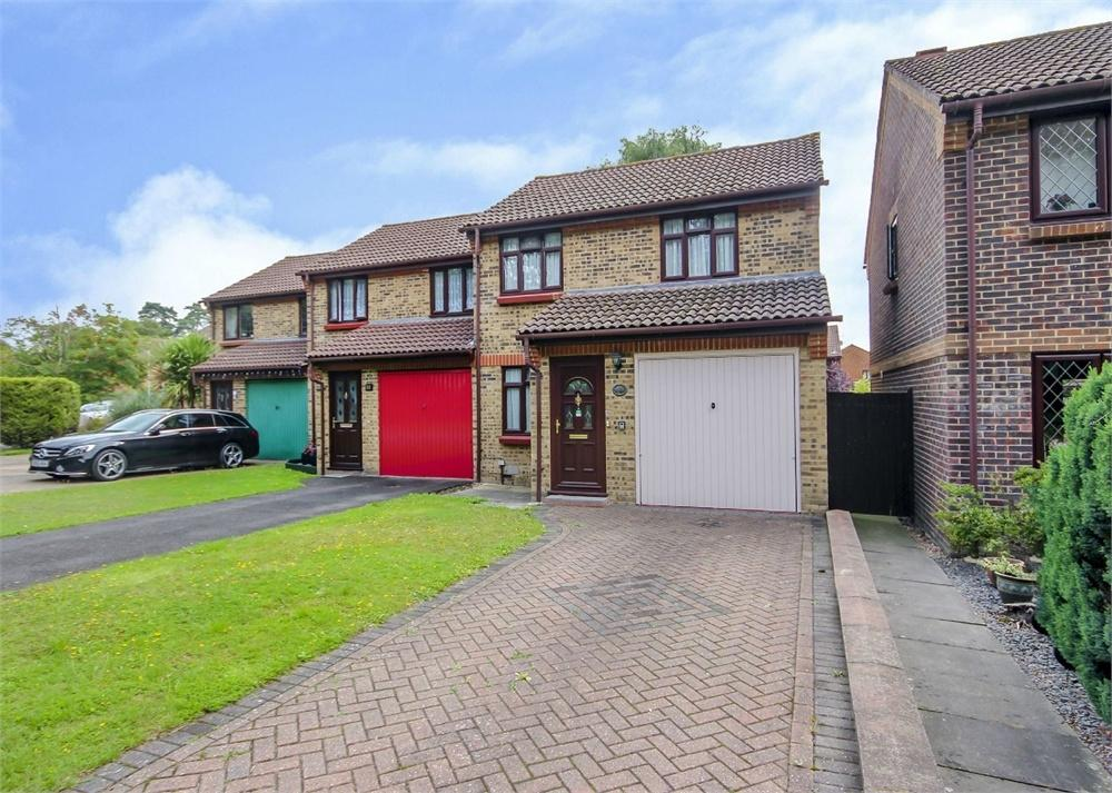 3 Bedrooms End Of Terrace House for sale in Mendip Road, Forest Park, Bracknell, Berkshire
