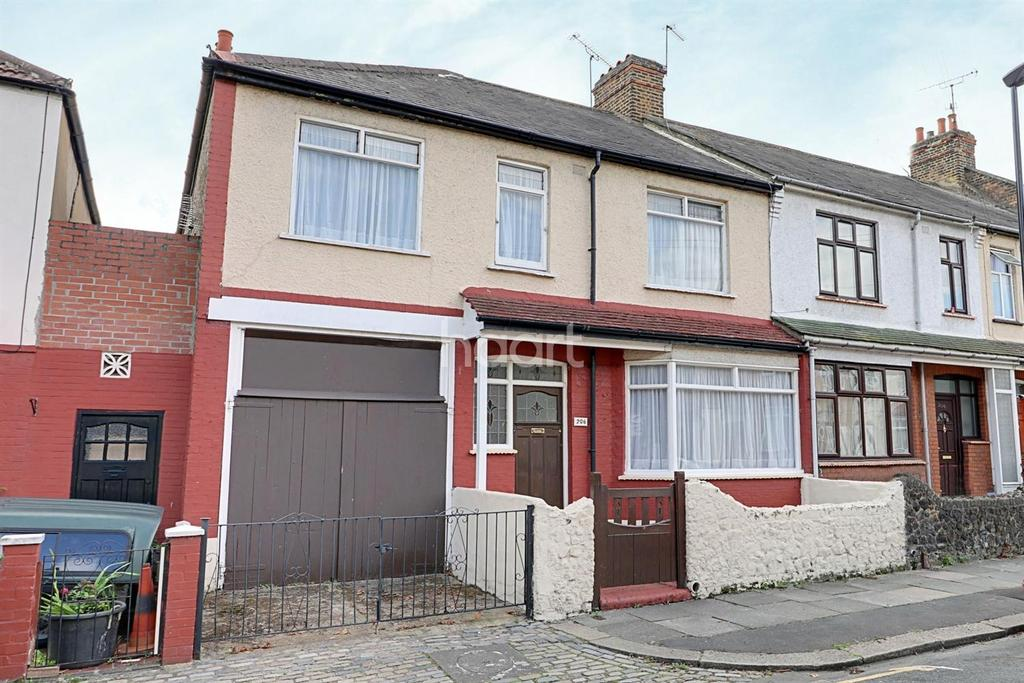 5 Bedrooms Terraced House for sale in Caulfield Road, East Ham