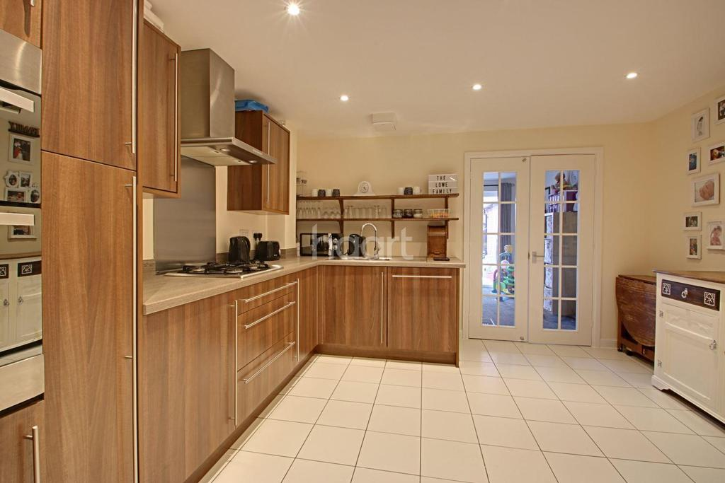 3 Bedrooms Terraced House for sale in Sorrel Drive, Kirkby-in-Ashfield