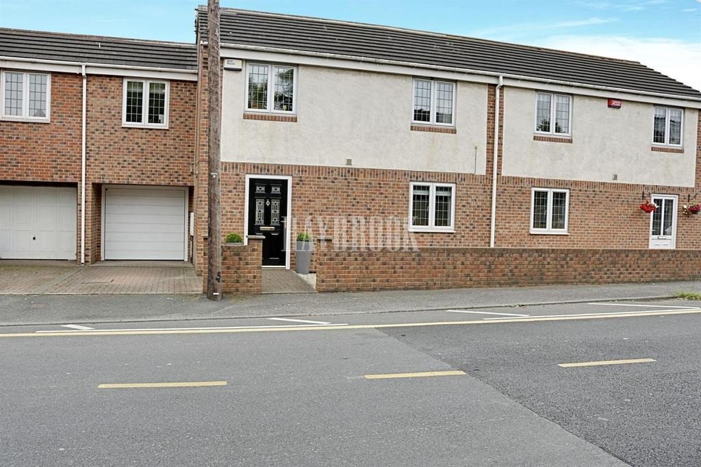 3 Bedrooms Semi Detached House for sale in Broomfield Mews, Church Hill, Royston