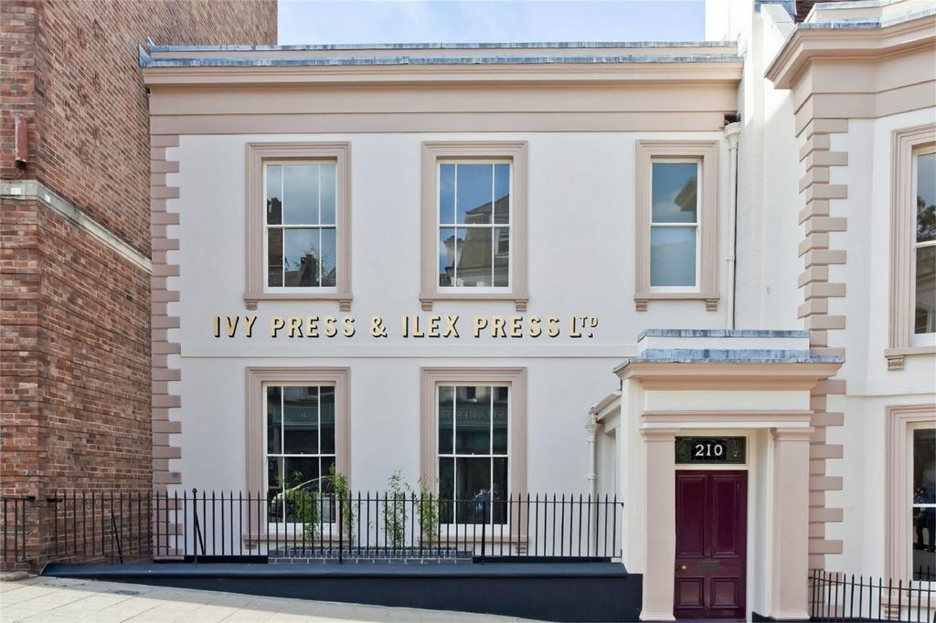 2 Bedrooms Terraced House for sale in High Street, Lewes, East Sussex
