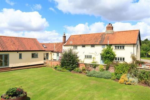 5 bedroom farm house for sale - Barford near Norwich