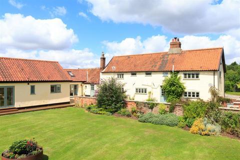 5 bedroom farm house for sale - Barford near Norwich