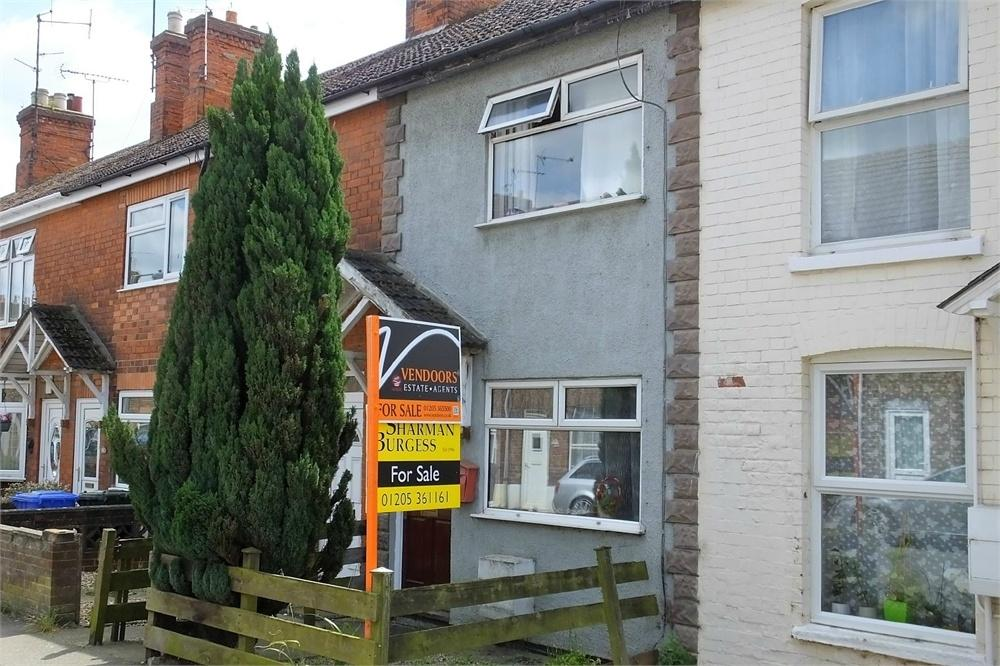 3 Bedrooms Terraced House for sale in Wyberton Low Road, Boston, Lincolnshire