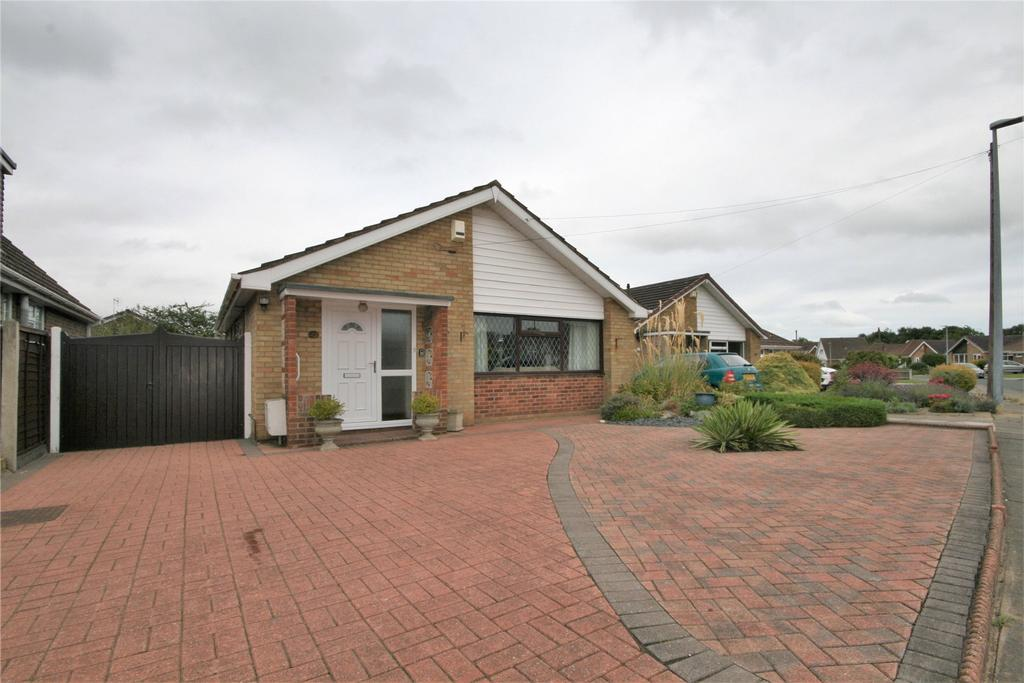 2 Bedrooms Detached Bungalow for sale in Itterby Crescent, Cleethorpes, DN35