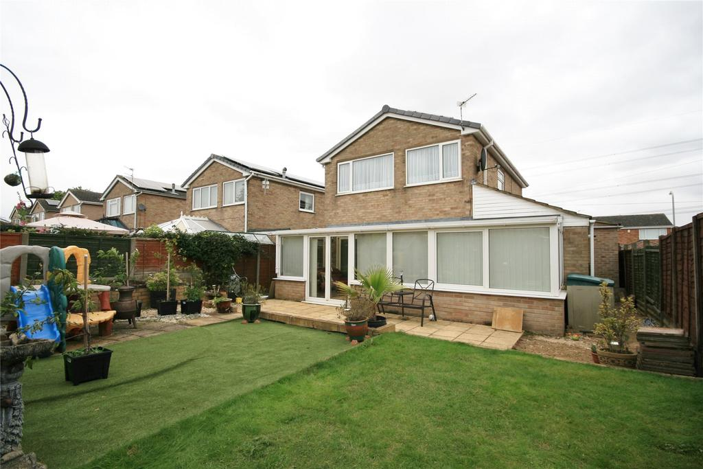 3 Bedrooms Detached House for sale in Leys Close, Barrowby, NG32