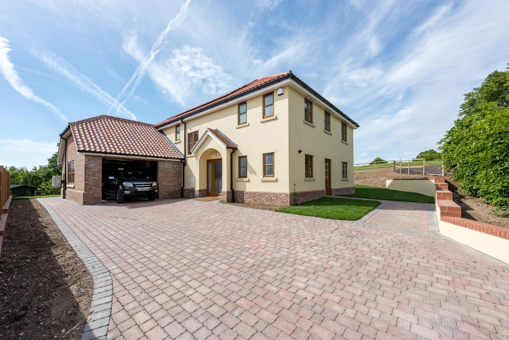5 Bedrooms Detached House for sale in Rettendon Common, Chelmsford