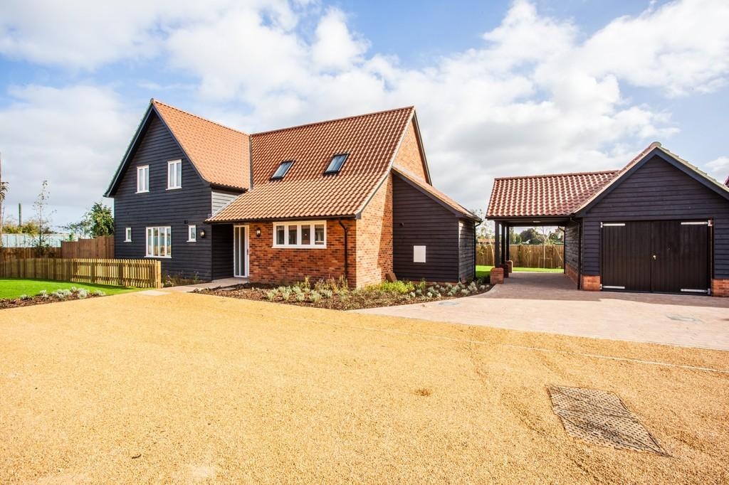 4 Bedrooms Detached House for sale in Ongar Road, Writtle