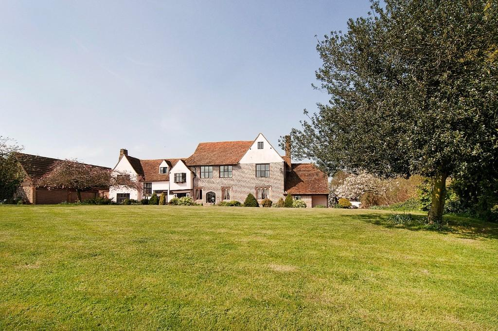 8 Bedrooms Detached House for sale in Hills Lane, Shalford