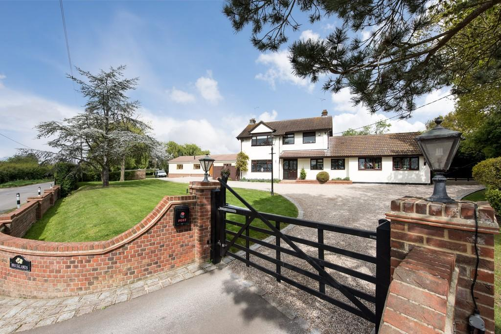 6 Bedrooms Detached House for sale in Ingatestone Road, Stock