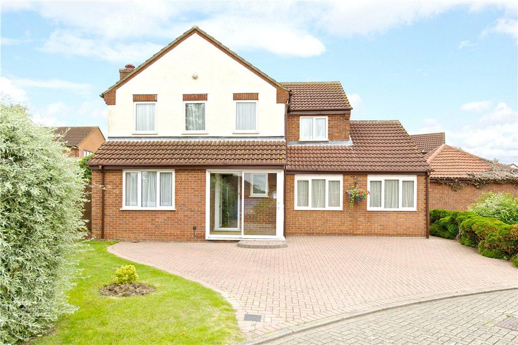 4 Bedrooms Detached House for sale in Normandy Way, Bletchley, Milton Keynes, Buckinghamshire